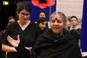 """Vandana Shiva à la conférence """"Semons les graines de la transition agricole et alimentaire"""""""
