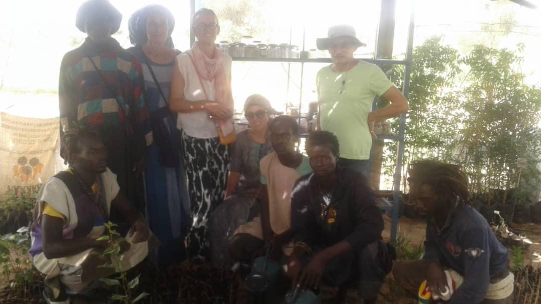 Marina Poiroux visite la pépinière du projet Biofermes Sénégal